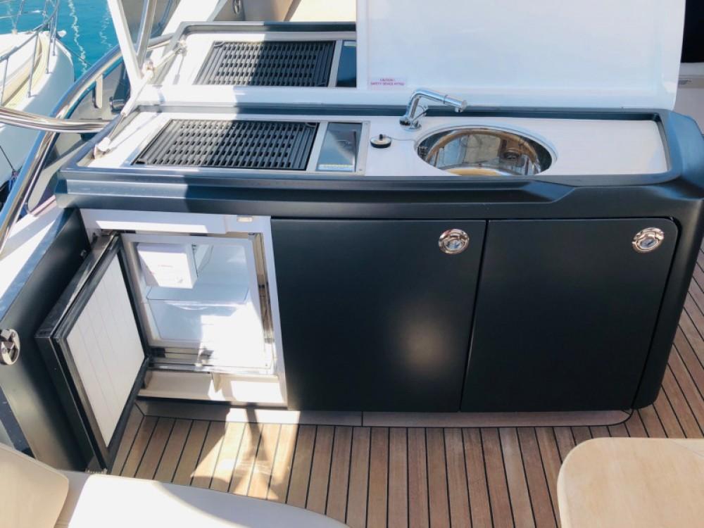 Boat rental Princess Princess S65 in Šibenik on Samboat