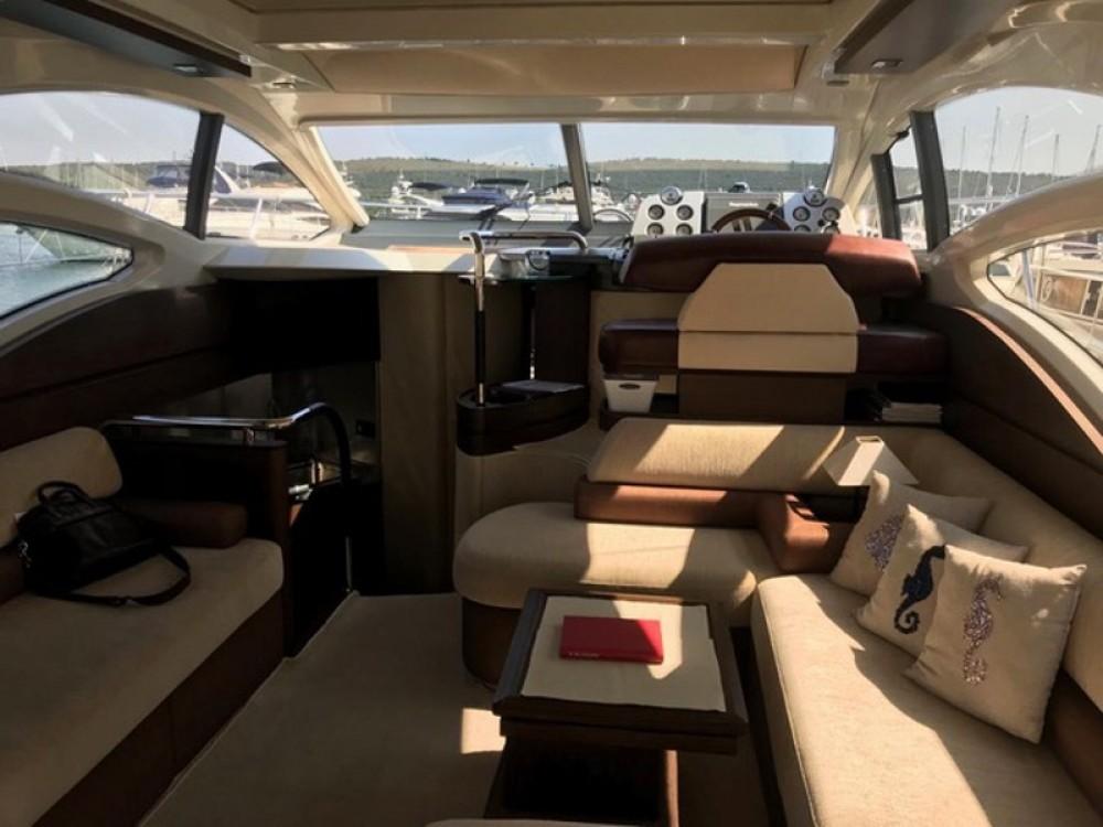 Boat rental  cheap Azimut 43