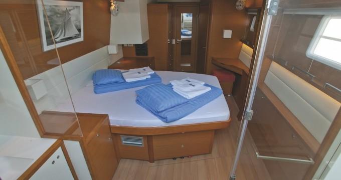 Rental Catamaran in Šibenik - Lagoon Lagoon 560