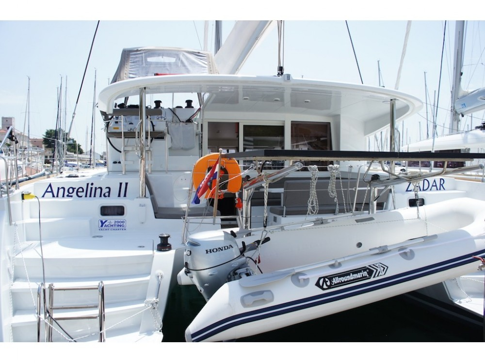 Hire Catamaran with or without skipper Lagoon Sibenik