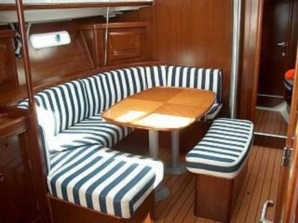 Rental Sailboat in Šibenik - Bénéteau Oceanis 393 C
