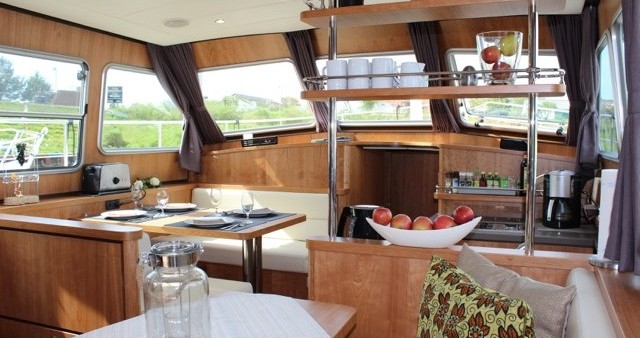Boat rental Linssen Linssen GS 40.9 AC in Werder (Havel) on Samboat