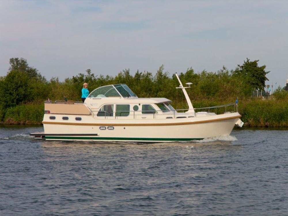 Boat rental Linssen Linssen GS 36.9 AC in Kressbronn am Bodensee on Samboat