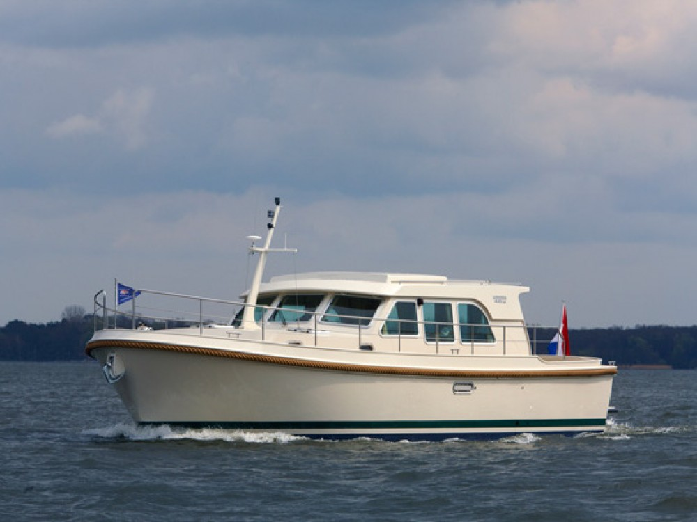 Boat rental  cheap Linssen Grand Sturdy 40.9 Sedan