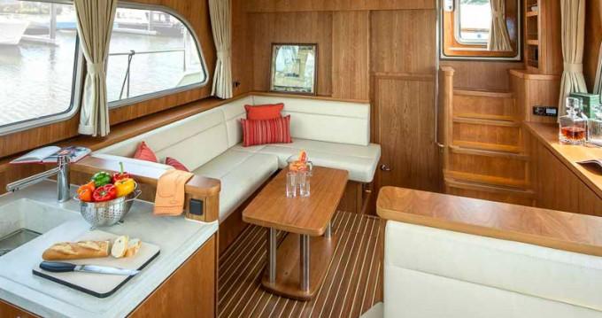 Rental Motorboat in Mildenberg - Linssen Linssen Grand Sturdy 40.0 AC