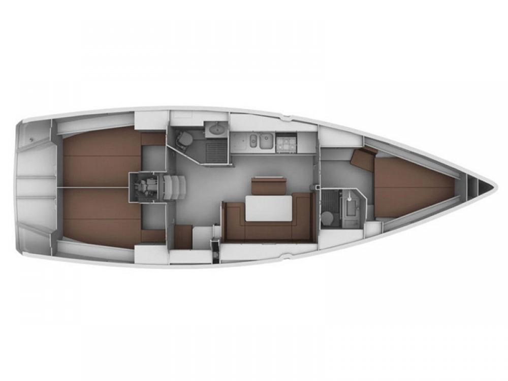 Rental yacht Akhíllio - Bavaria Bavaria 40 Cruiser on SamBoat