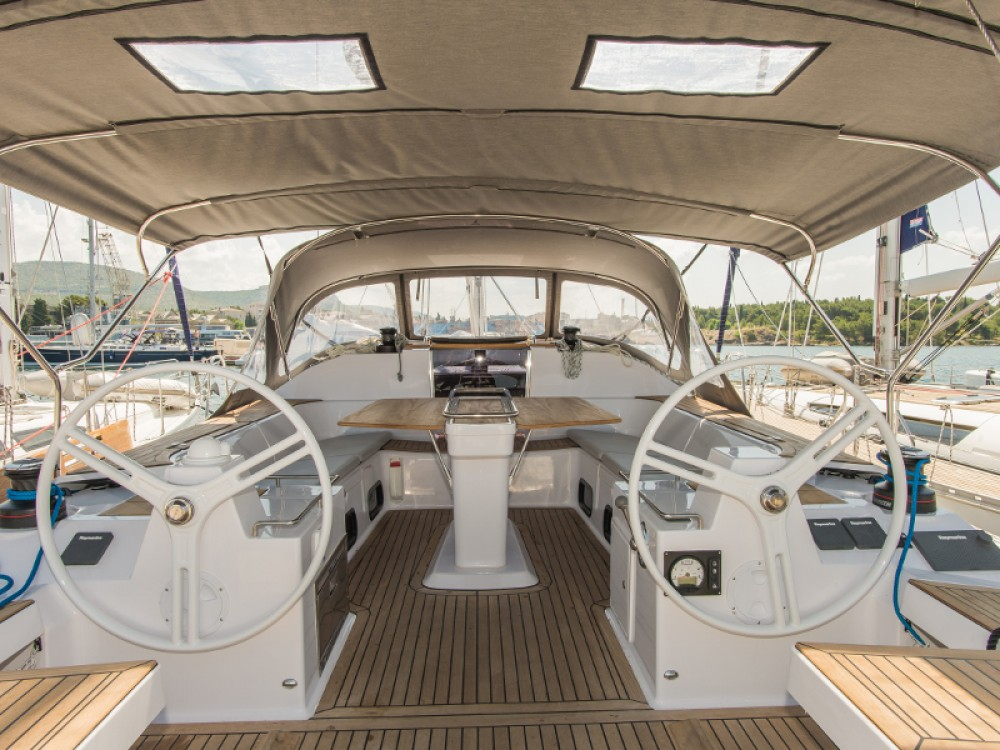 Boat rental Elan Elan 50 Impression in Šibenik on Samboat