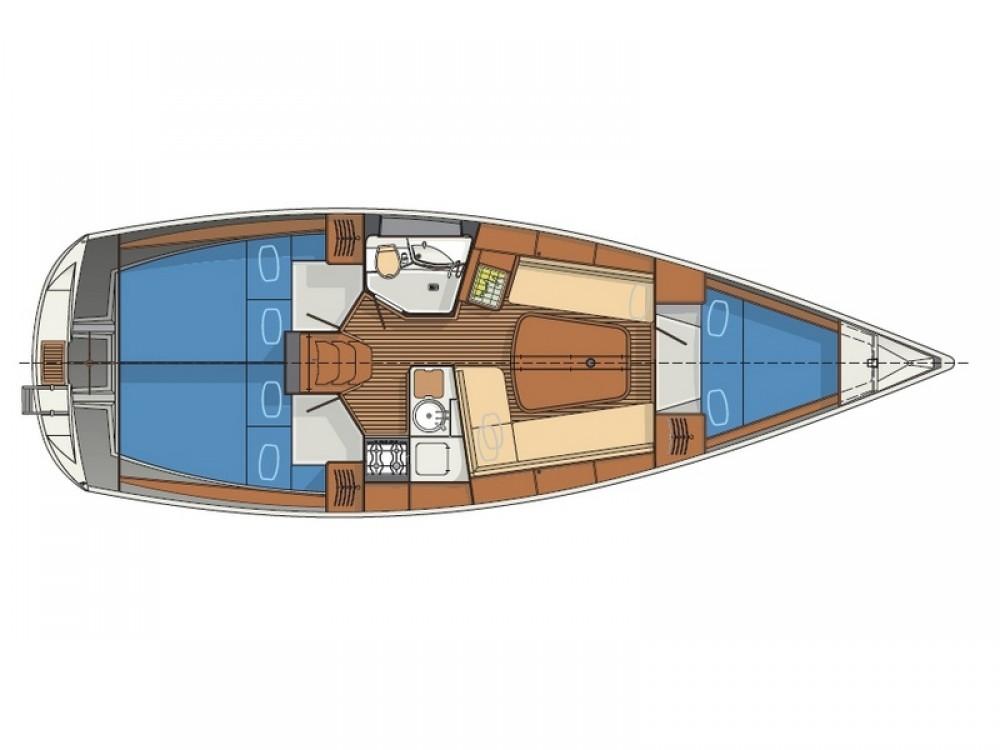 Boat rental Delphia Delphia 37 in  on Samboat