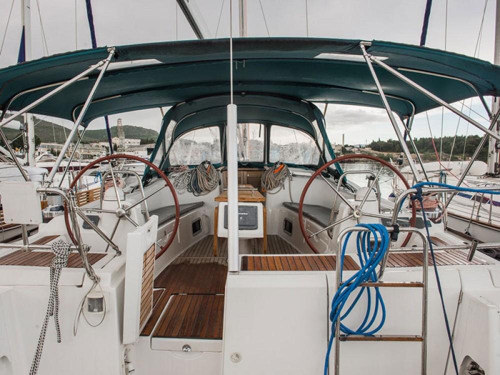 Boat rental Jeanneau Sun Odyssey 49i in Šibenik on Samboat