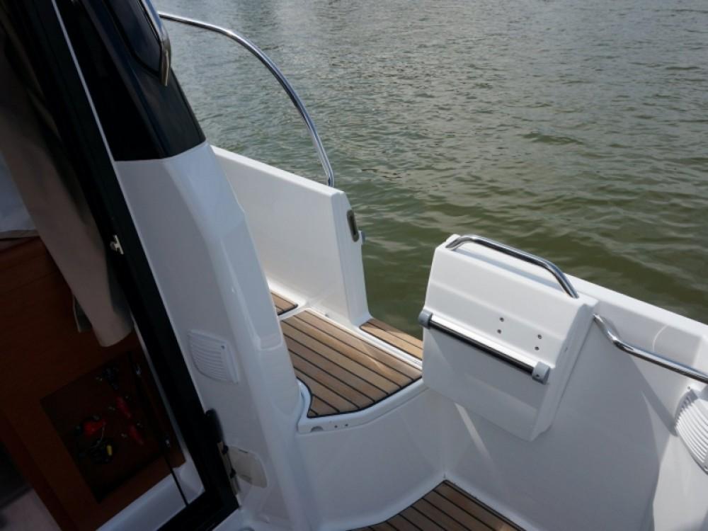 Boat rental Šibenik cheap Merry Fisher 895