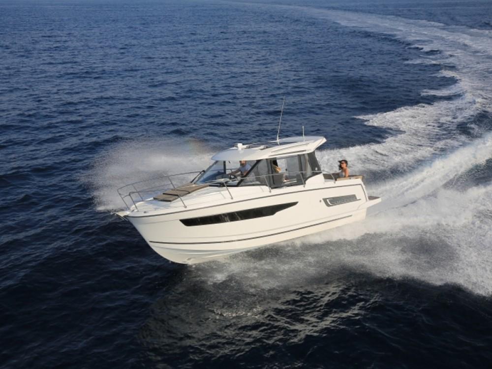 Rental Motorboat in Šibenik - Jeanneau Merry Fisher 895