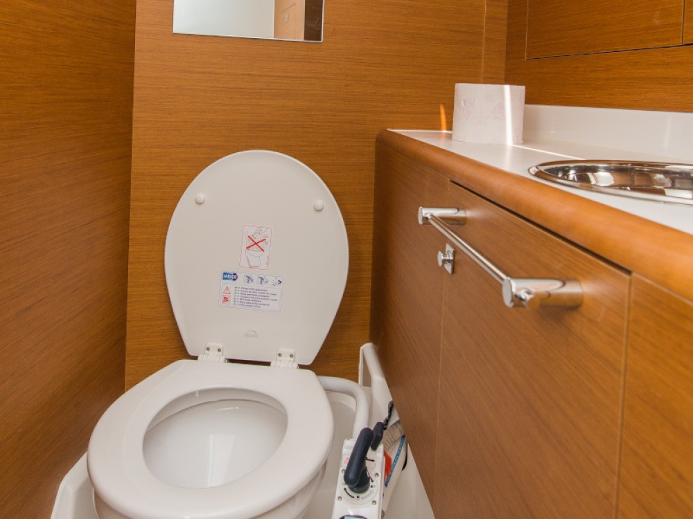 Boat rental Šibenik cheap Sun Odyssey 449