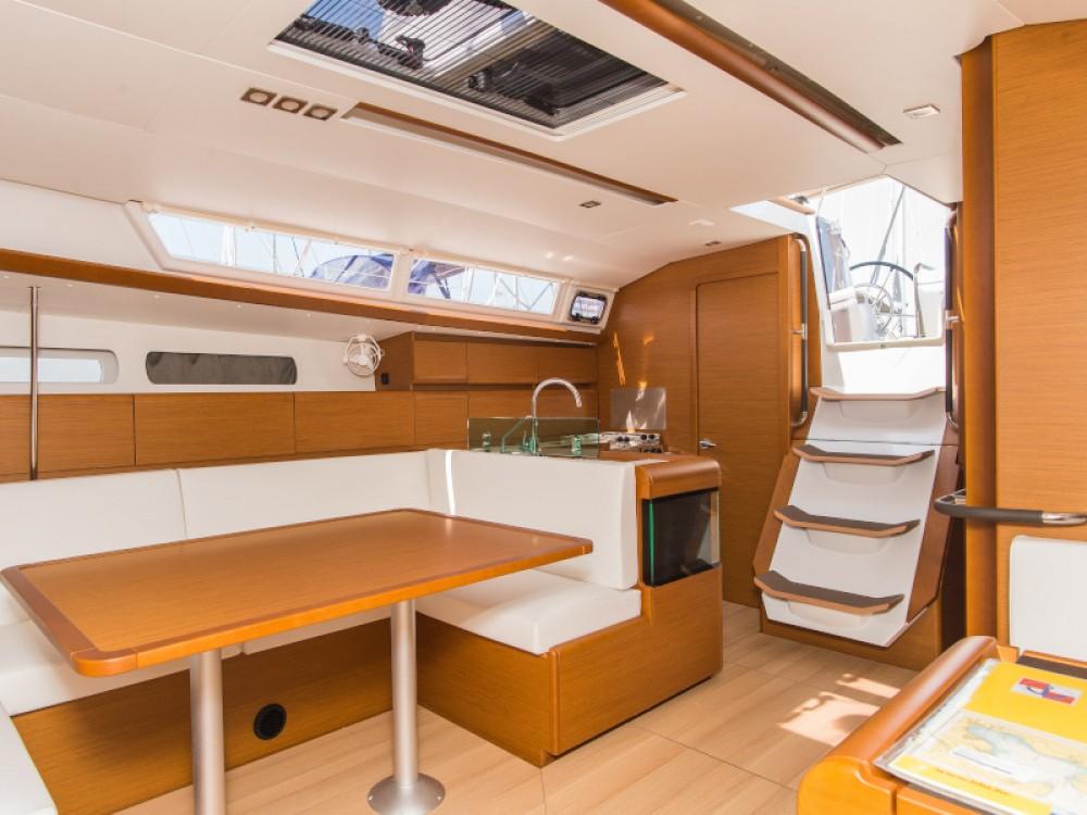 Rental Sailboat in Šibenik - Jeanneau Sun Odyssey 449