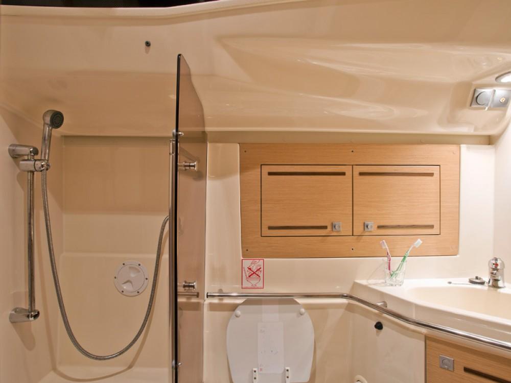 Rental yacht Šibenik - Elan Elan 444 Impression on SamBoat