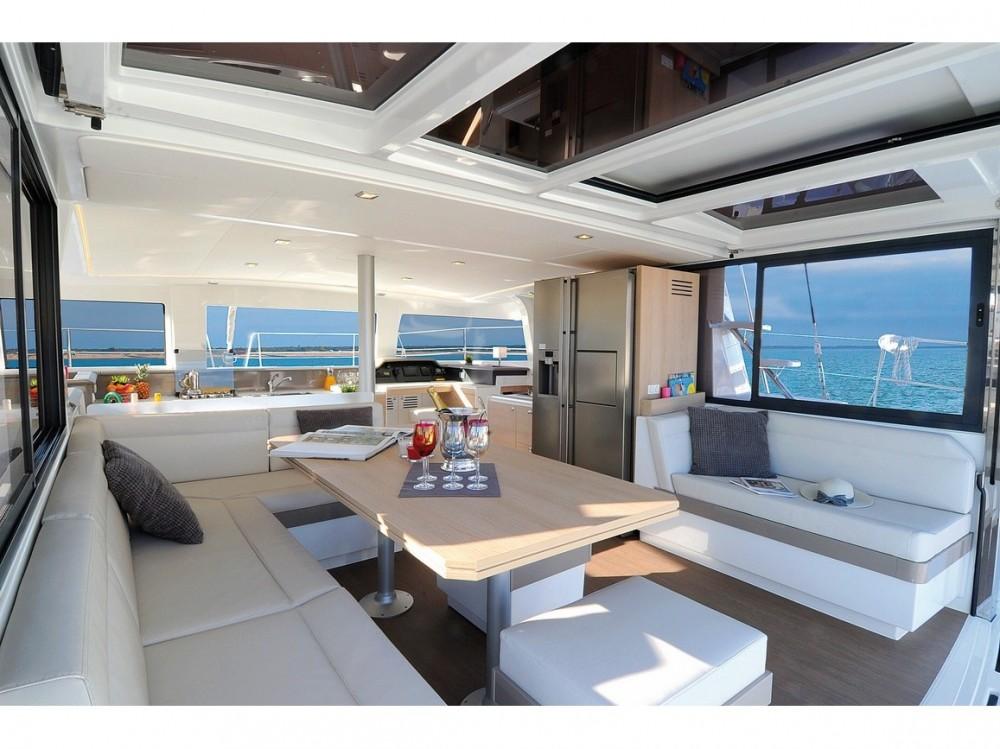 Boat rental Capo d'Orlando Marina cheap Bali 4.3 Bareboat AQUA