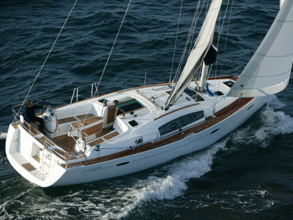Hire Sailboat with or without skipper Bénéteau Lefkada