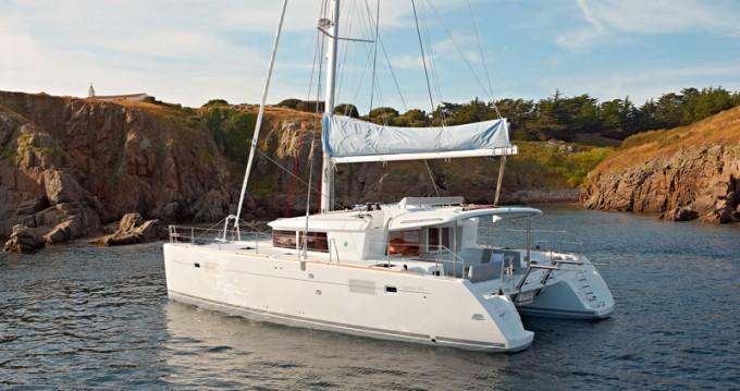 Catamaran for rent Santorini Port at the best price