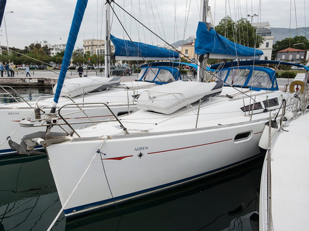 Boat rental Jeanneau Sun Odyssey 36i in Volos Municipality on Samboat
