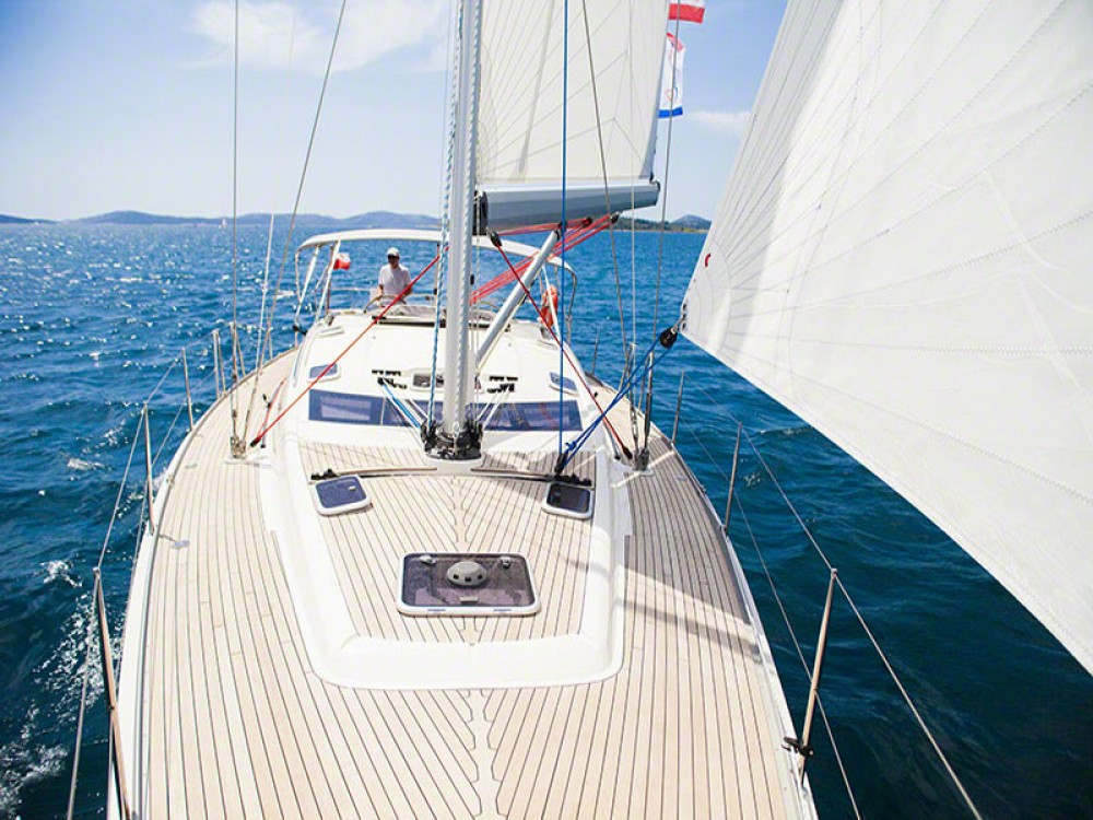 Hire Sailboat with or without skipper Delphia