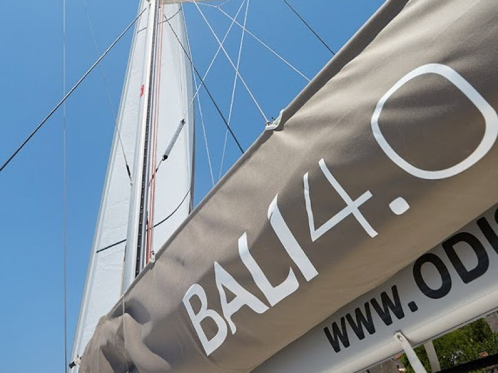 Hire Catamaran with or without skipper Bali
