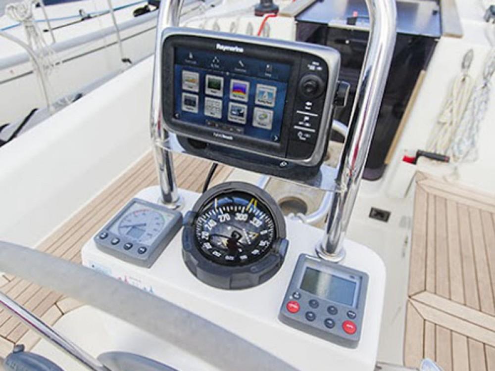 Boat rental Delphia Delphia 31 in  on Samboat