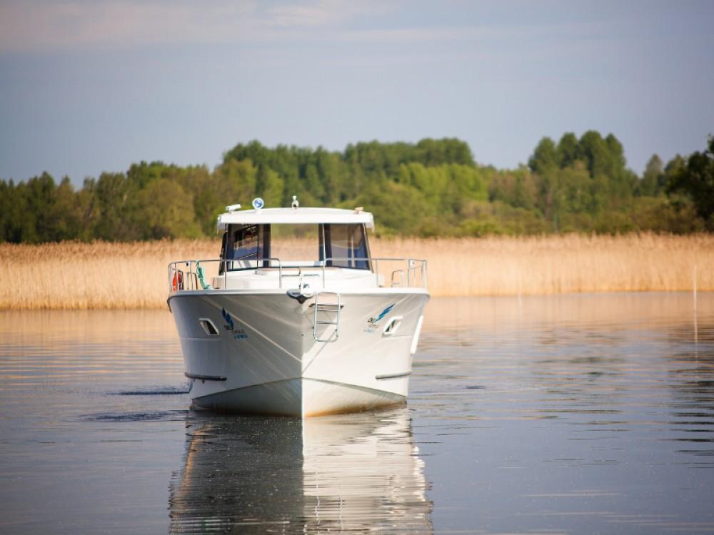 Rental Motorboat in  - Delphia Nautika 1300 VIP