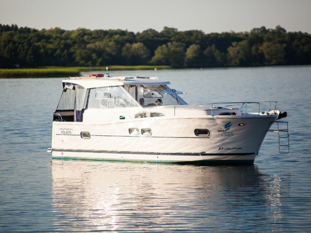 Motorboat for rent Wilkasy at the best price