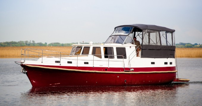 Hire Motorboat with or without skipper Nautiner Wilkasy