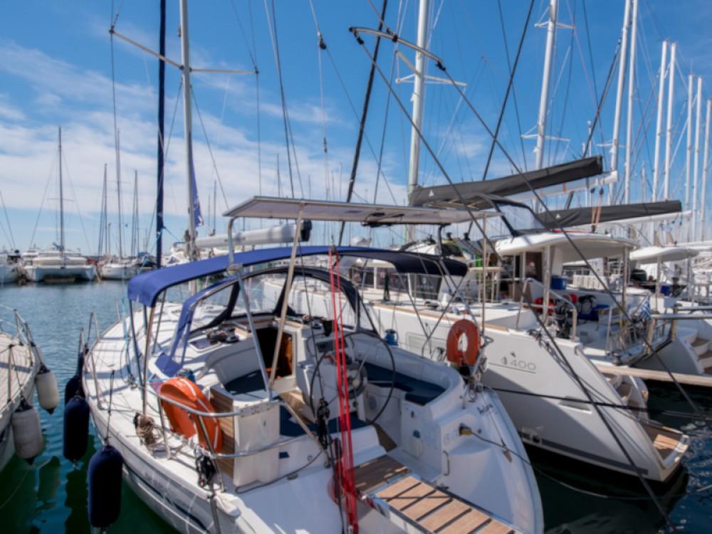 Boat rental Alimos Marina cheap Bavaria 38