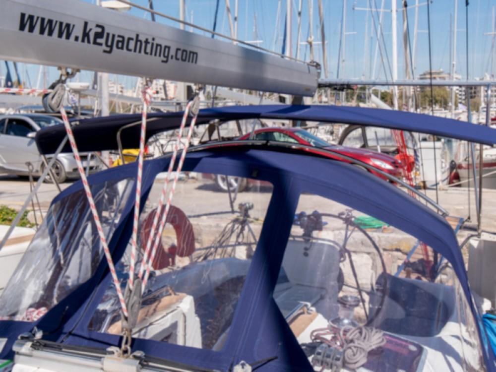 Rental yacht Alimos Marina - Bavaria Bavaria 38 on SamBoat