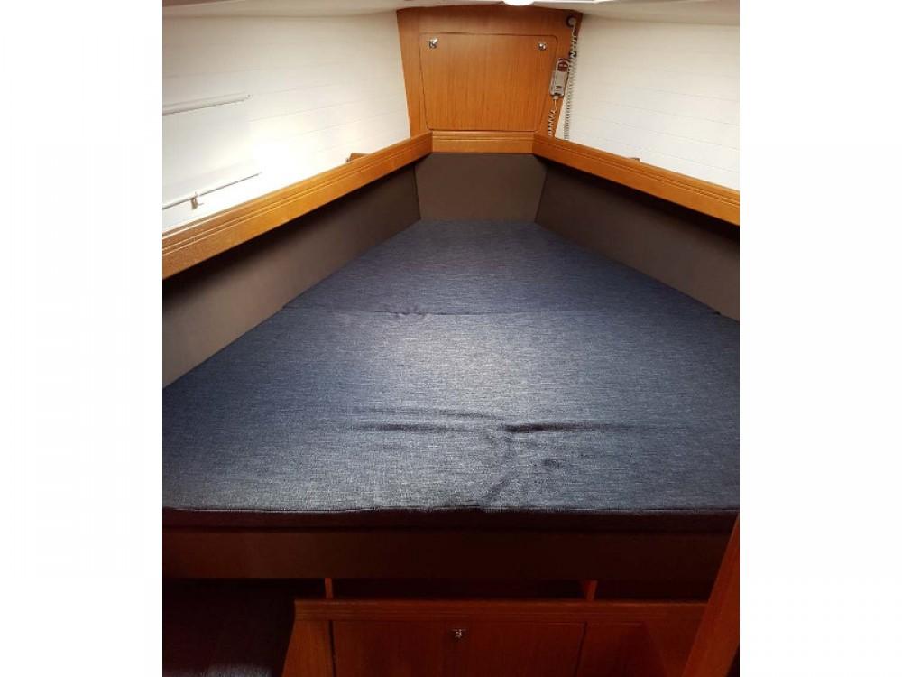 Rental Sailboat in  - Bavaria Bavaria Cruiser 41
