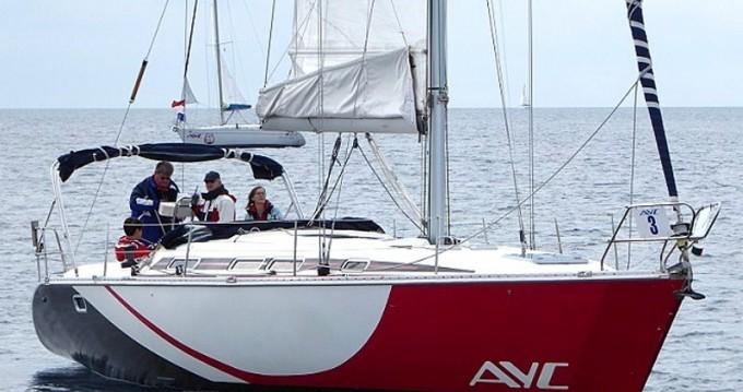 Rental Sailboat in Betina - Elan Elan 431