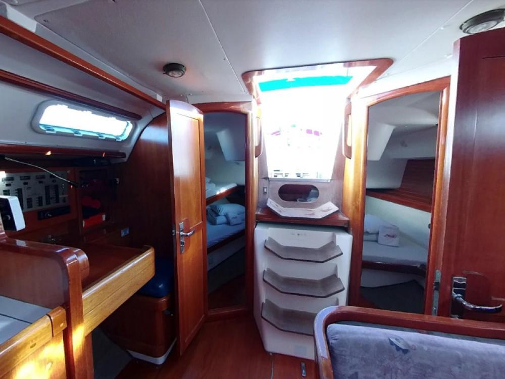 Boat rental Elan Elan 38 in Vodice on Samboat