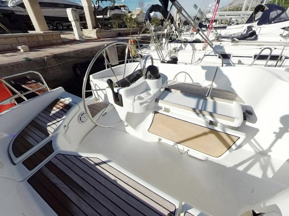 Rental Sailboat in Vodice - Bénéteau Oceanis 411