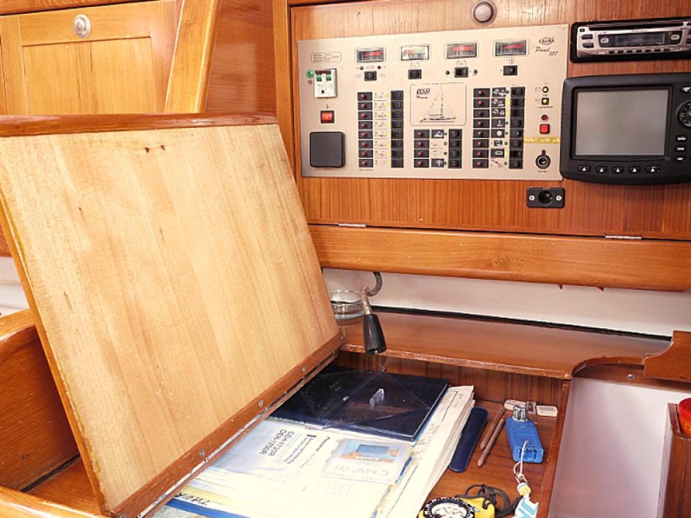 Boat rental Vodice cheap Elan 431
