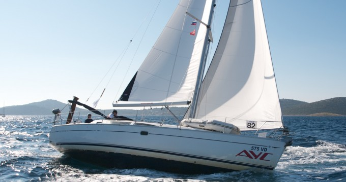 Jeanneau Sun Odyssey 40 between personal and professional Betina