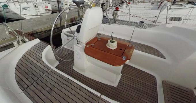 Rental Sailboat in Betina - Bavaria Bavaria 39 Cruiser