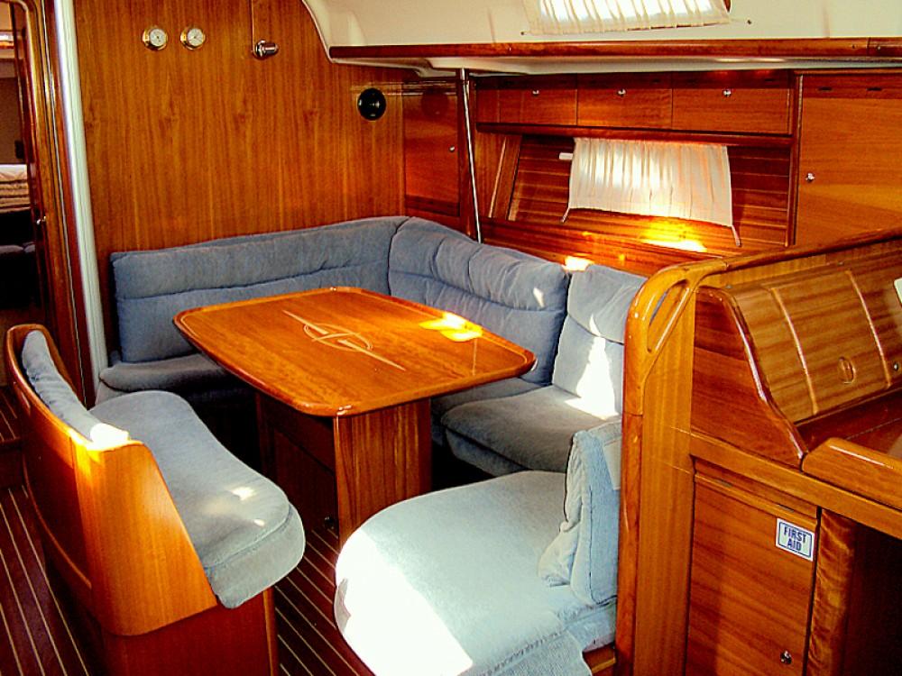 Rental Sailboat in Vodice - Bavaria Bavaria 39 Cruiser