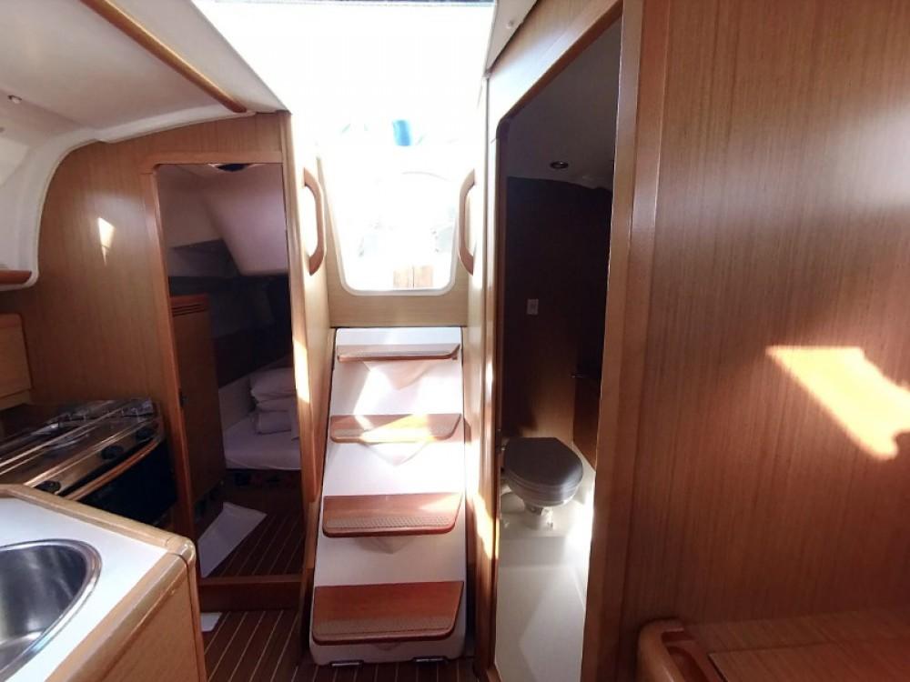 Boat rental  cheap Sun Odyssey 30i