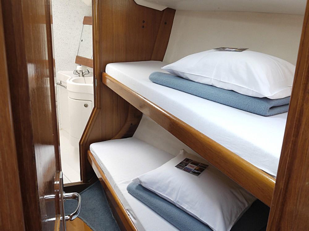 Boat rental Elan Elan 431 in Vodice on Samboat