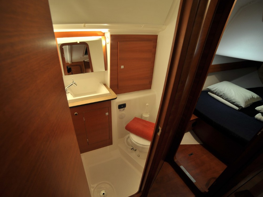 Boat rental Dufour Dufour 382 Grand Large in Olbia on Samboat