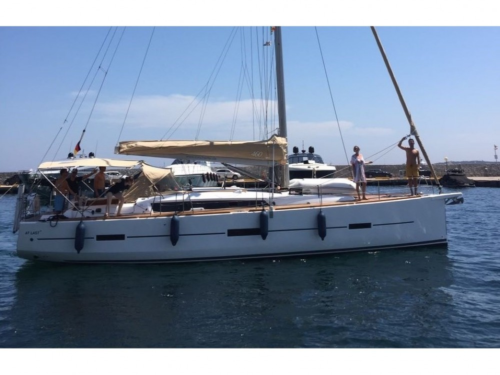 Dufour Dufour 460 Grand Large between personal and professional