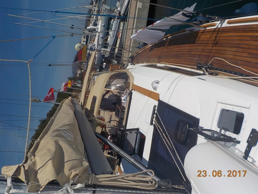 Boat rental Dufour Dufour 460 Grand Large in  on Samboat