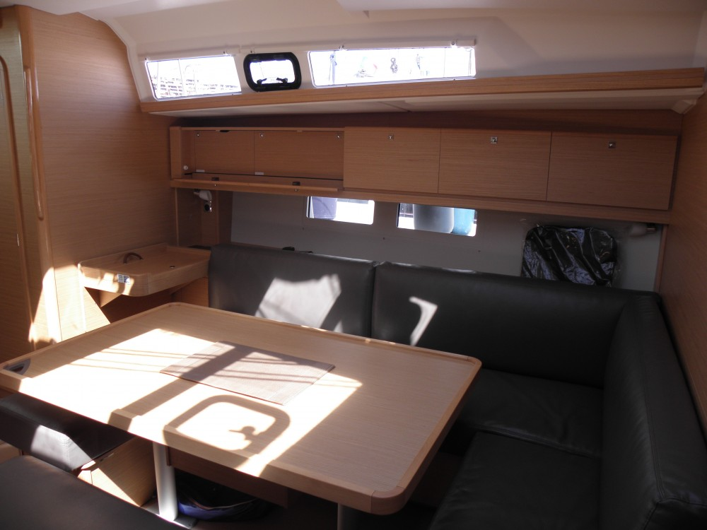 Boat rental Dufour Dufour 460 Grand Large 5Cab in  on Samboat