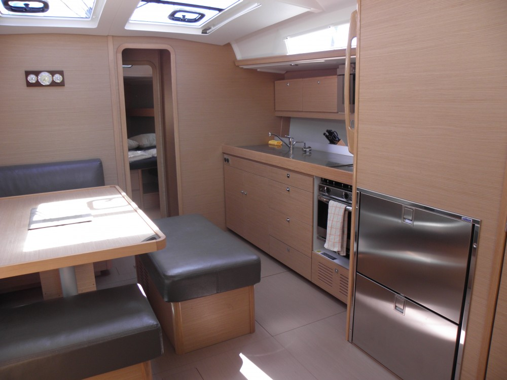 Rental yacht Marina di Portisco - Dufour Dufour 460 Grand Large 5Cab on SamBoat