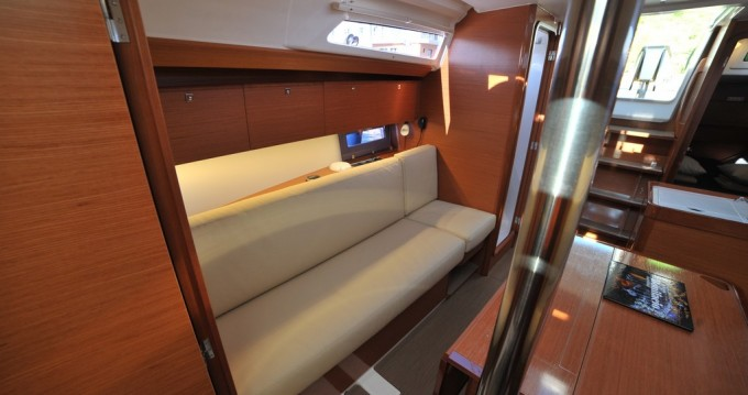 Rental yacht Marina di Portisco - Dufour Dufour 360 Grand Large on SamBoat