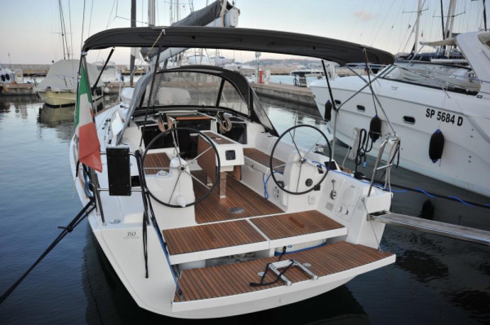 Rental Sailboat in Olbia - Dufour Dufour 350 Grand Large