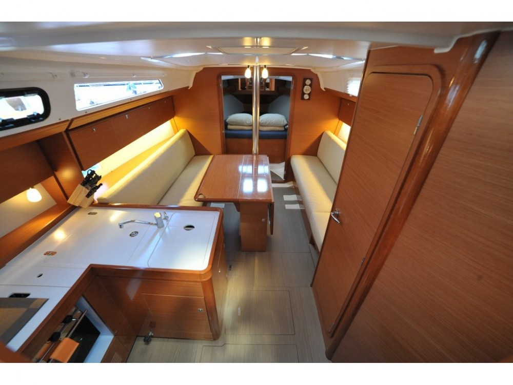 Rental Sailboat in Olbia - Dufour Dufour 360 GL