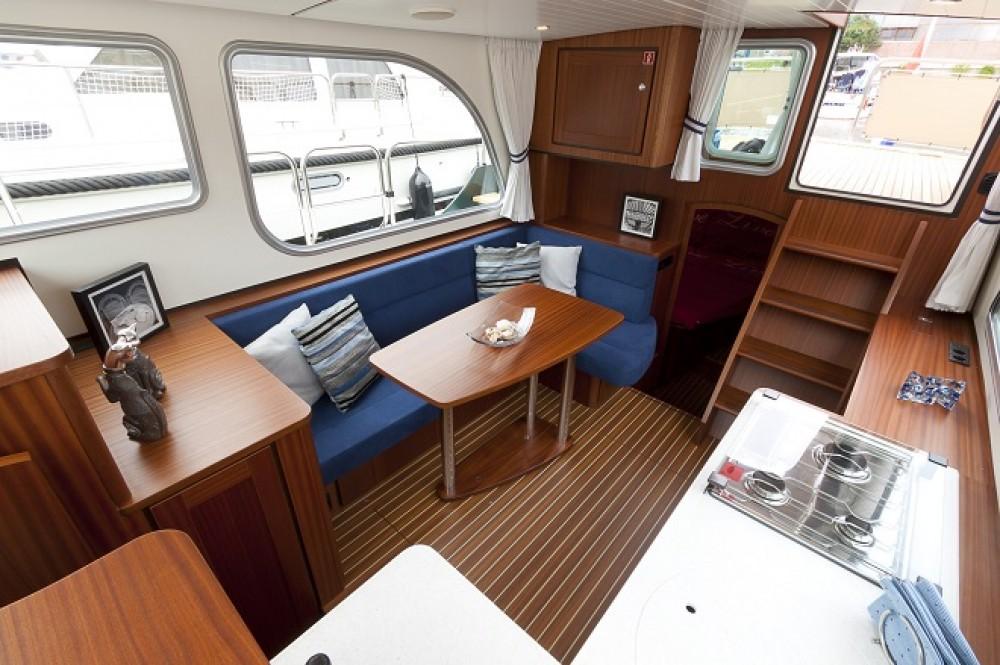 Rental yacht Capestang - Linssen Linssen Classic Sturdy 32 AC on SamBoat