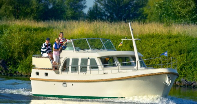 Rental yacht Capestang - Linssen Linssen 33.9AC on SamBoat